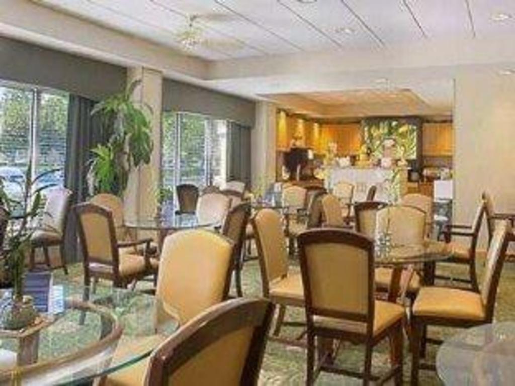 Best Price on Hampton Inn-Plantation Hotel in Fort Lauderdale (FL) + ...