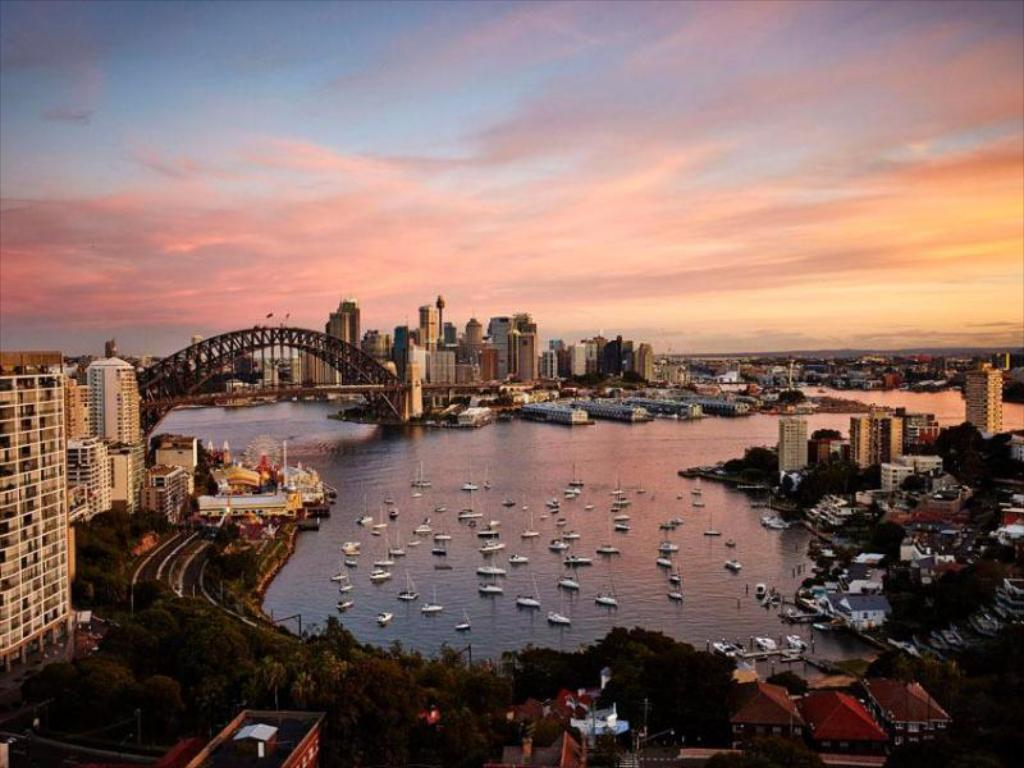 فندق نورث سيدني هاربر فيو  (North Sydney Harbourview Hotel)