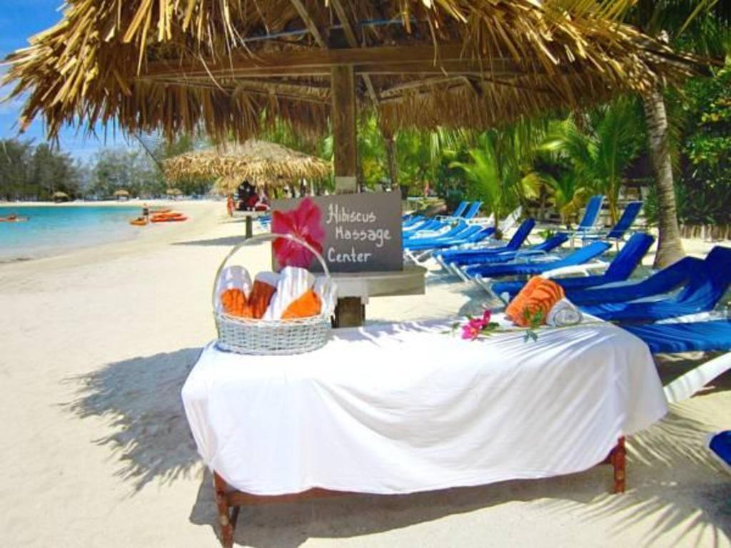 Fantasy Island Beach Resort and Marina  All Inclusive in