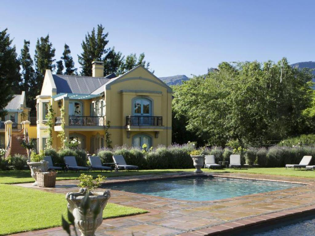 Utendørs svømmebasseng Franschhoek Country House and Villas