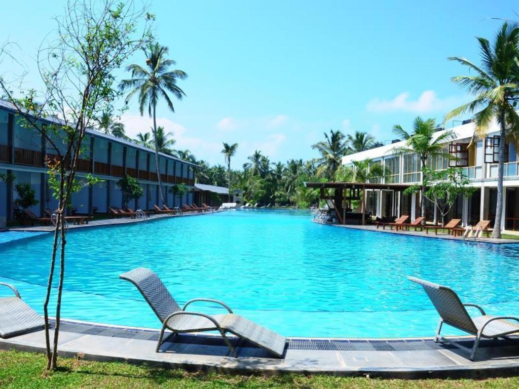 Carolina Beach Resort  Spa in Chilaw  Room Deals Photos