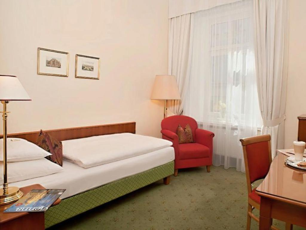 Single Room - Guestroom Hotel Kaiserhof Wien