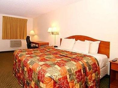 Room, 1 Queen Bed, Accessible, Refrigerator & Microwave