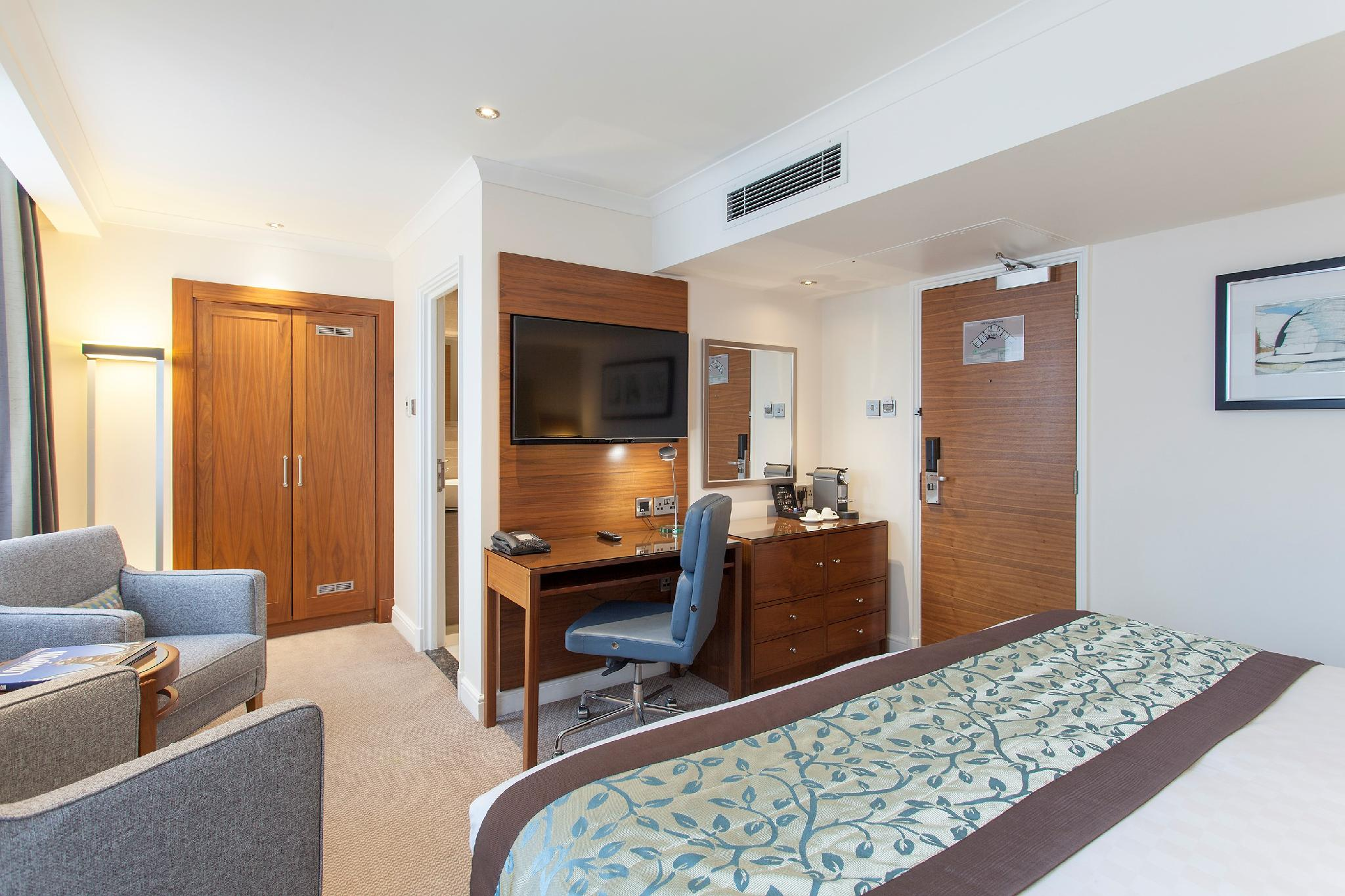 Double for Single Occupancy Deluxe King