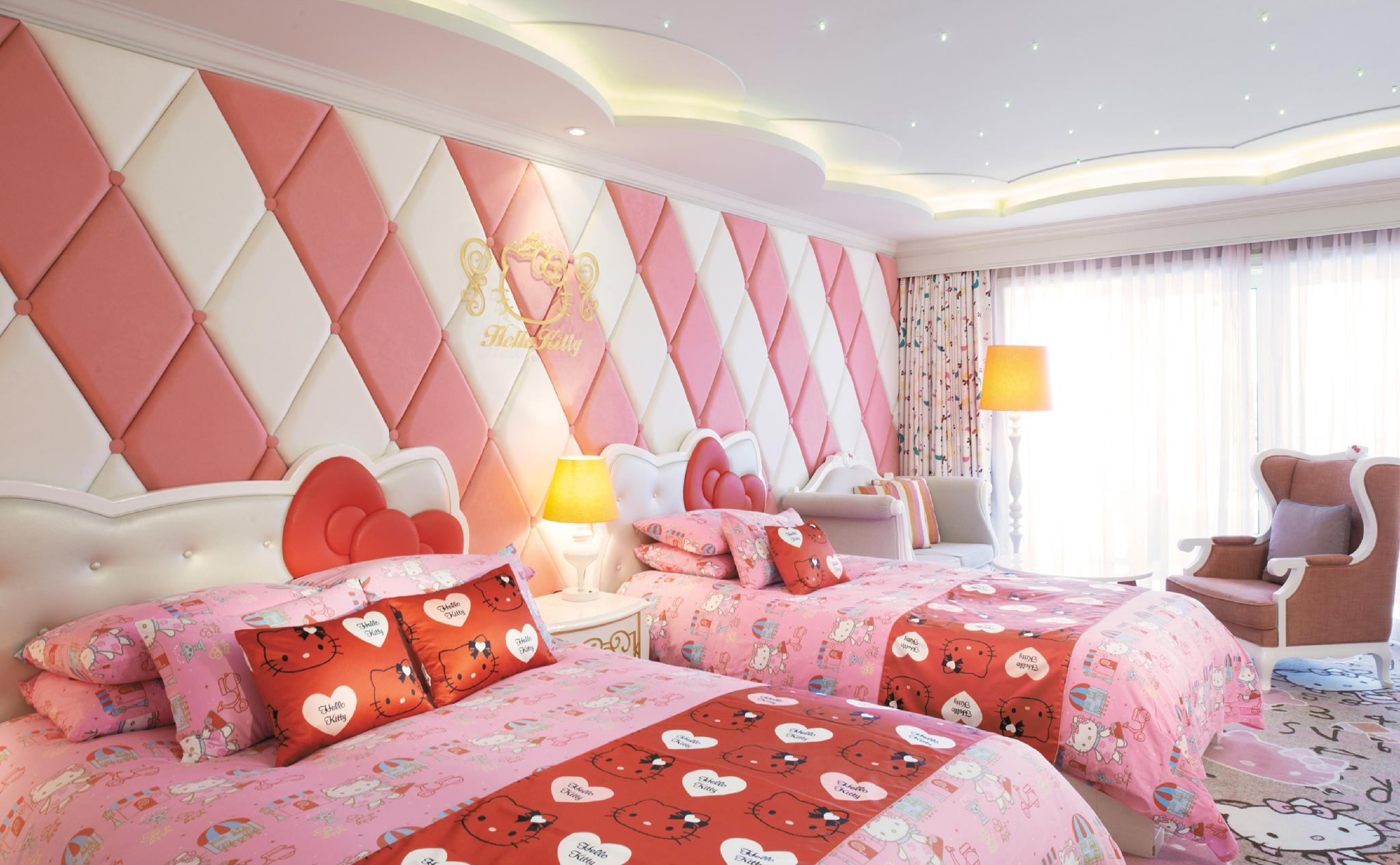 Hello Kitty Themed Room