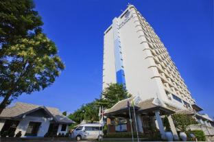 Blue Wave beach front apartment 2 bedrooms Hua Hin