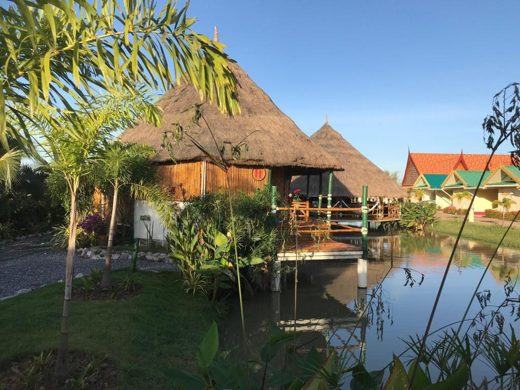 Bamboo Hut River View - View Hotel The Orchid Resort & Relax