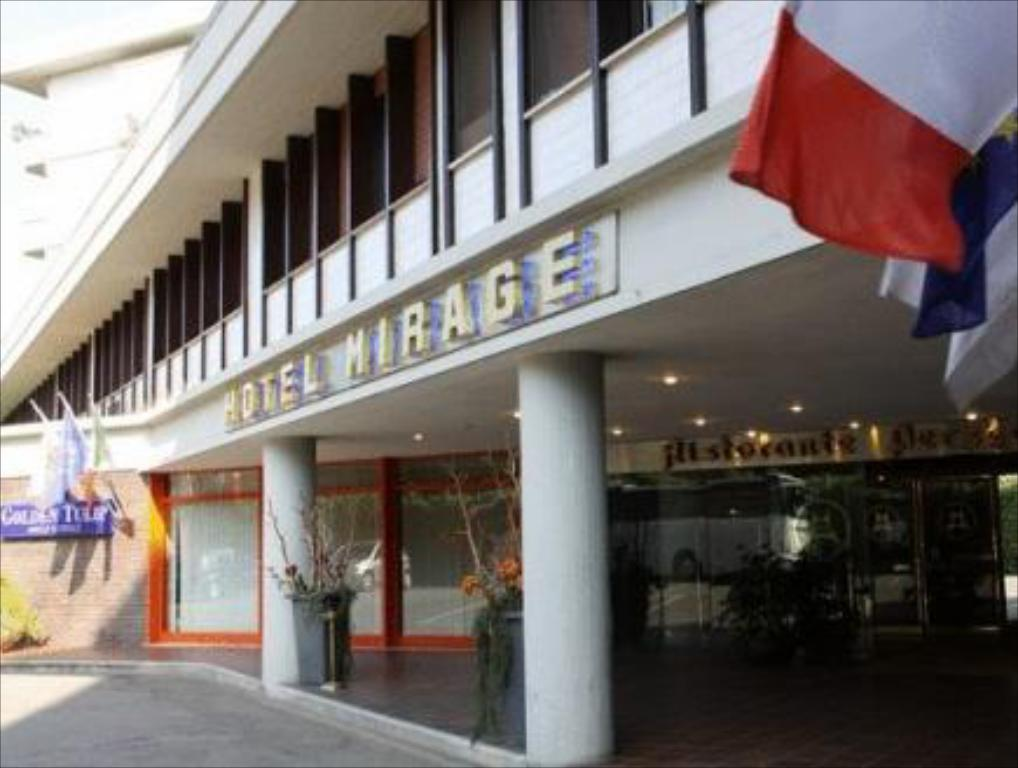 More about Hotel Mirage
