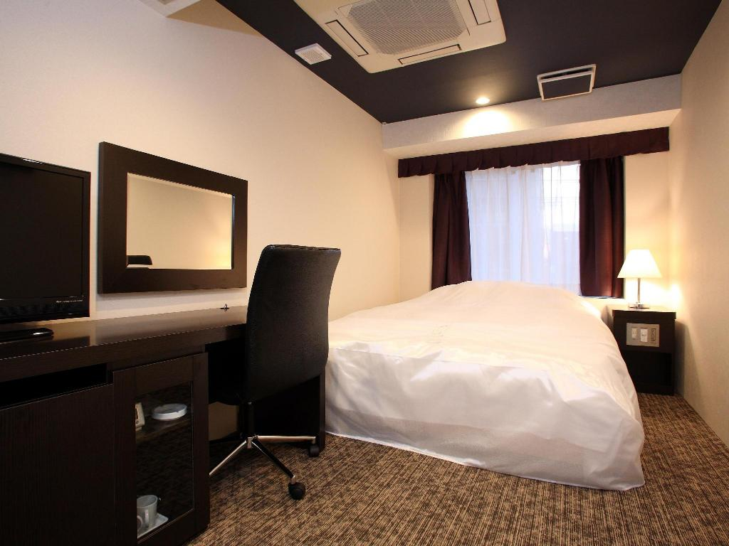Small Double Bed Non Smoking - Guestroom Hotel Sunline Kyoto Gion Shijo