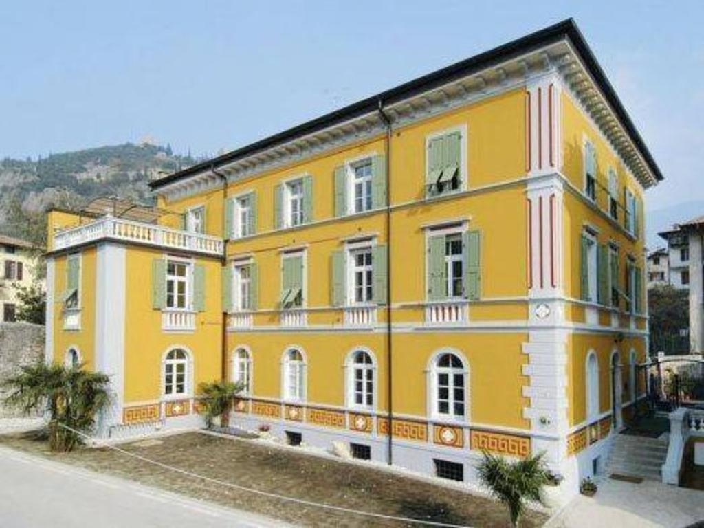 Residence Villa Nicole Arco Boek Een Aanbieding Op Agoda Com