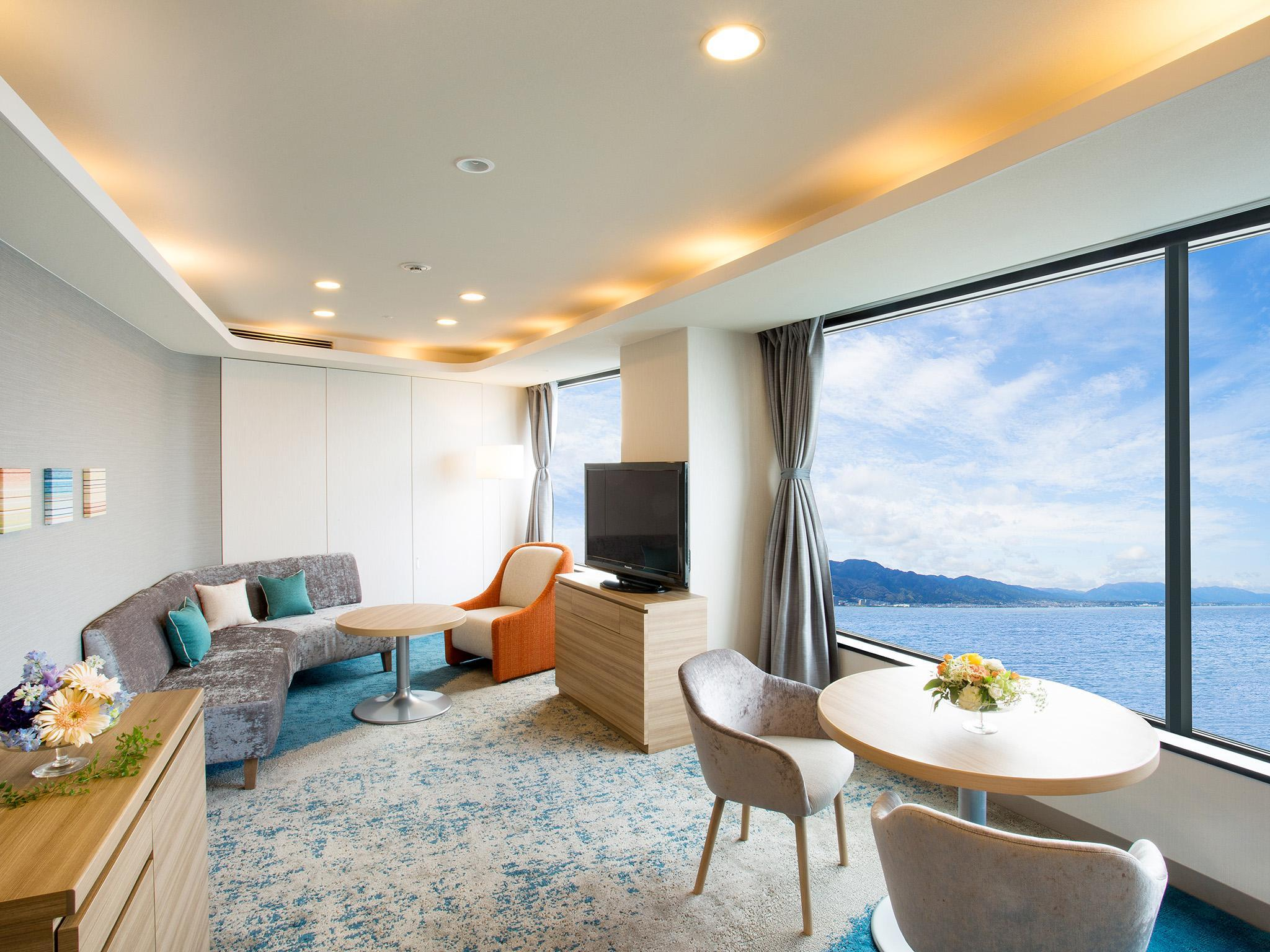 Suite Lantai Sky dengan Ranjang Single – Baru Direnovasi (Sky Floor Suite with Single Bed - Newly Renovated)