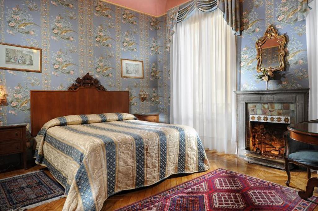Classic Double or Twin - Guestroom Hotel Monna Lisa