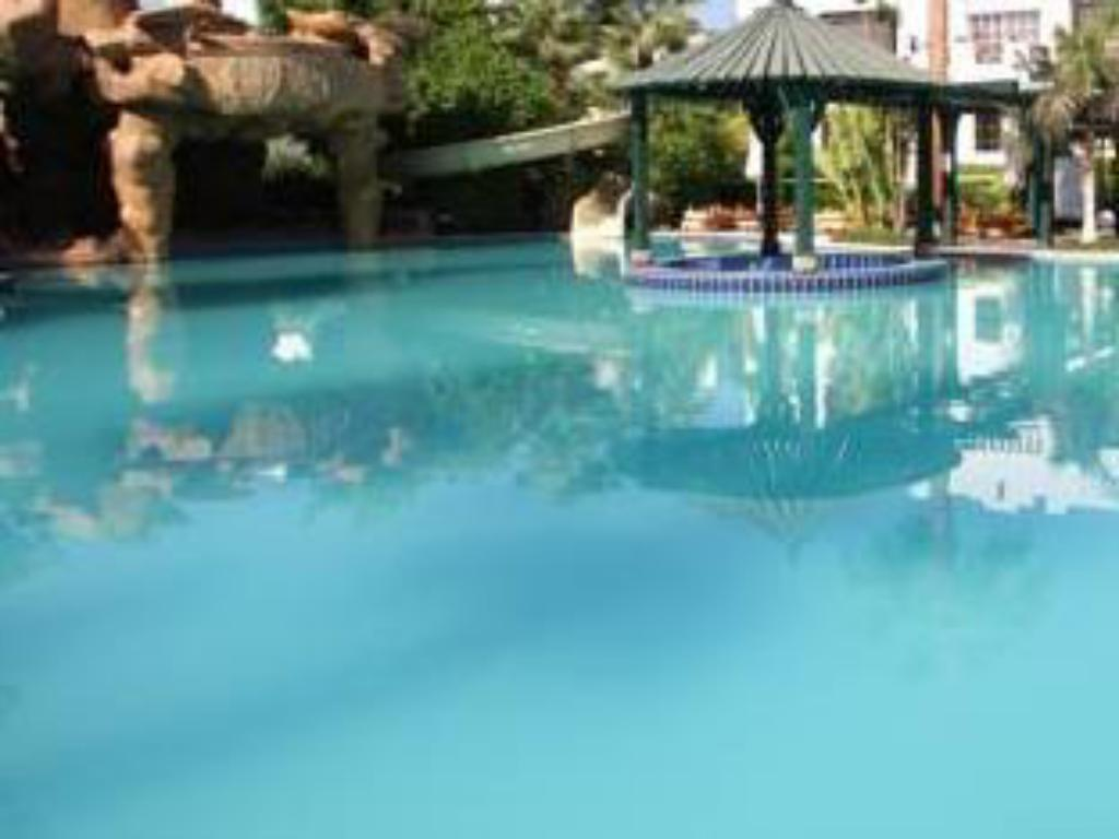 Piscina Delta Sharm Two-Bedroom Private Apartment with Pool View First Floor