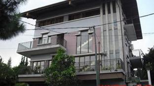 Fortuno Bed & Breakfast Lembang