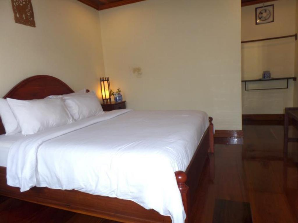 Deluxe Double Room Peninsula Villas