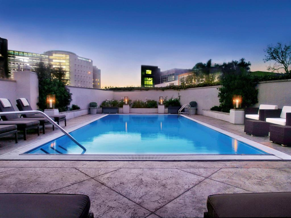 Sofitel los angeles hotel in los angeles ca room deals - Indoor swimming pool in los angeles ...