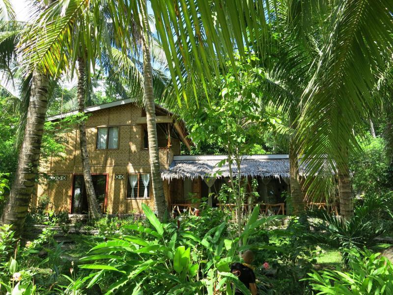 Camiguin Volcan Beach Eco Retreat Dive Resort Location