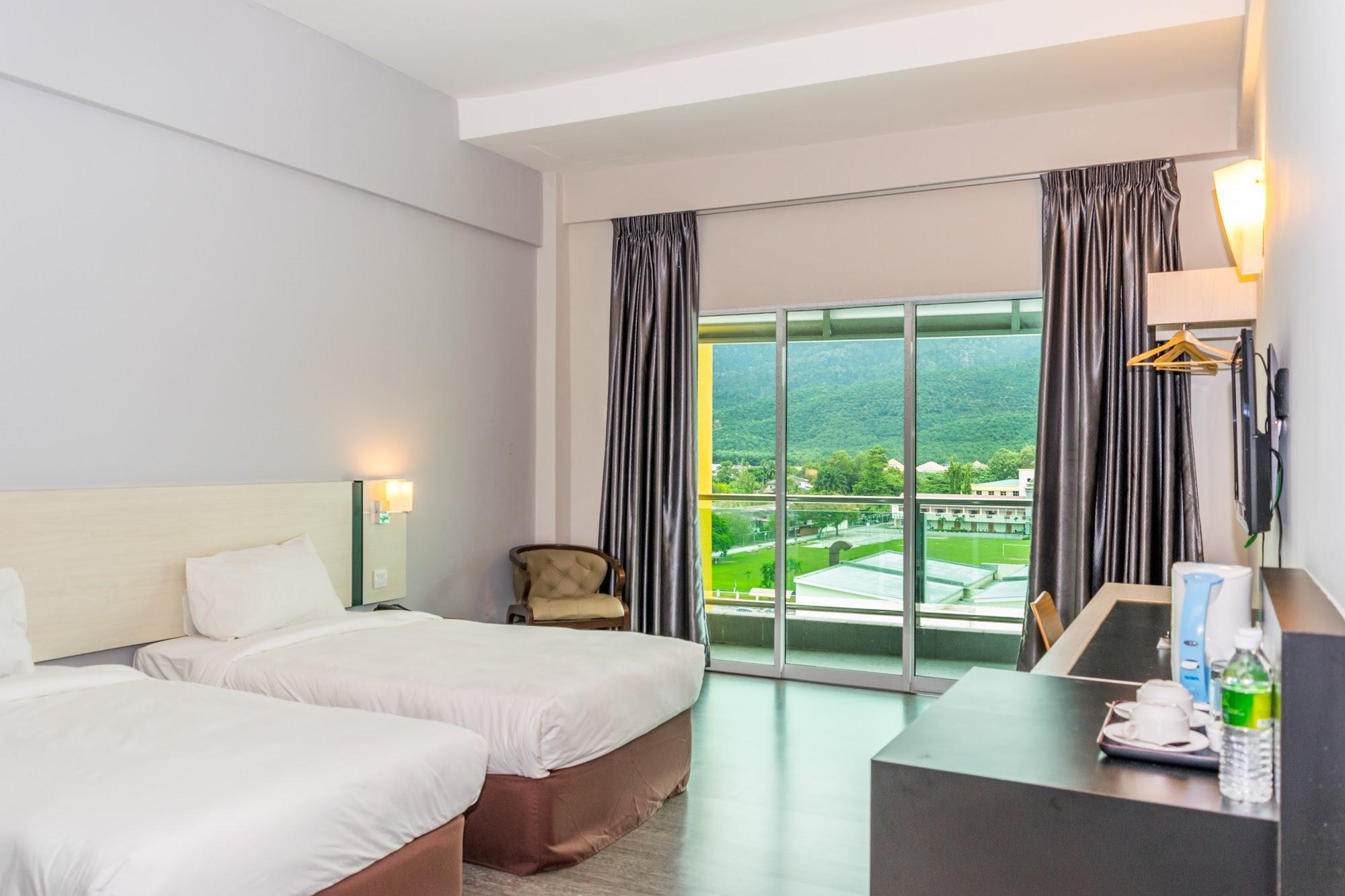 MH Sentral @ Sungai Siput Hotel in Ipoh - Room Deals, Photos
