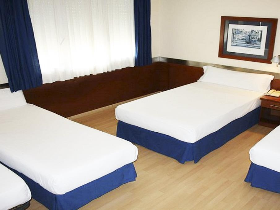 Cameră cvadruplă (4 Adulţi) (Quadruple Room (4 Adults))