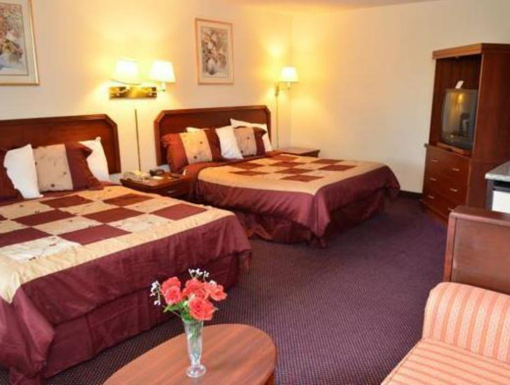 See all 30 photos Rodeway Inn & Suites
