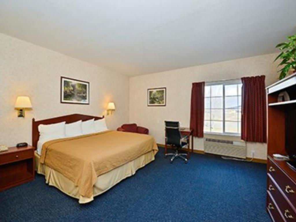 Standard Quality Inn and Suites Liberty Lake - Spokane Valley