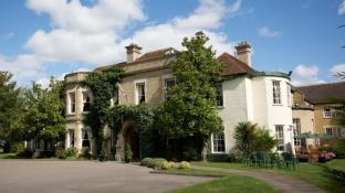 Woodland Manor Hotel