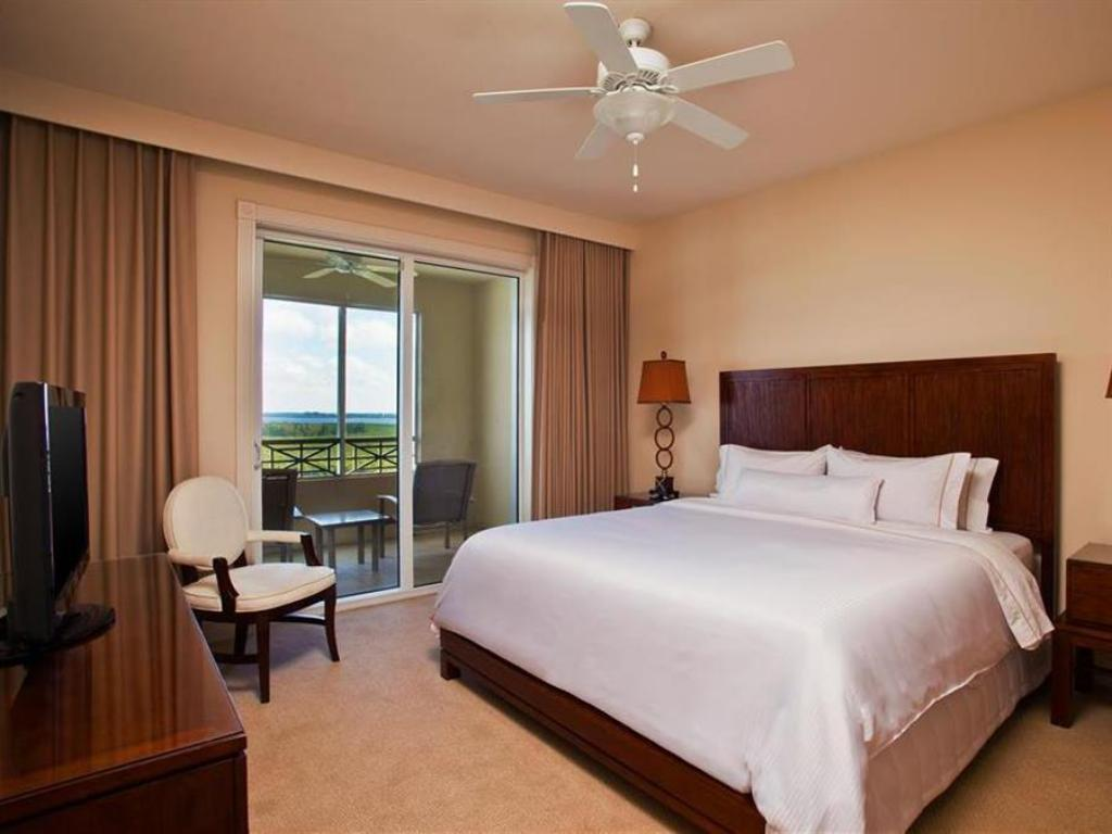Deluxe Double - Guestroom The Westin Cape Coral Resort at Marina Village