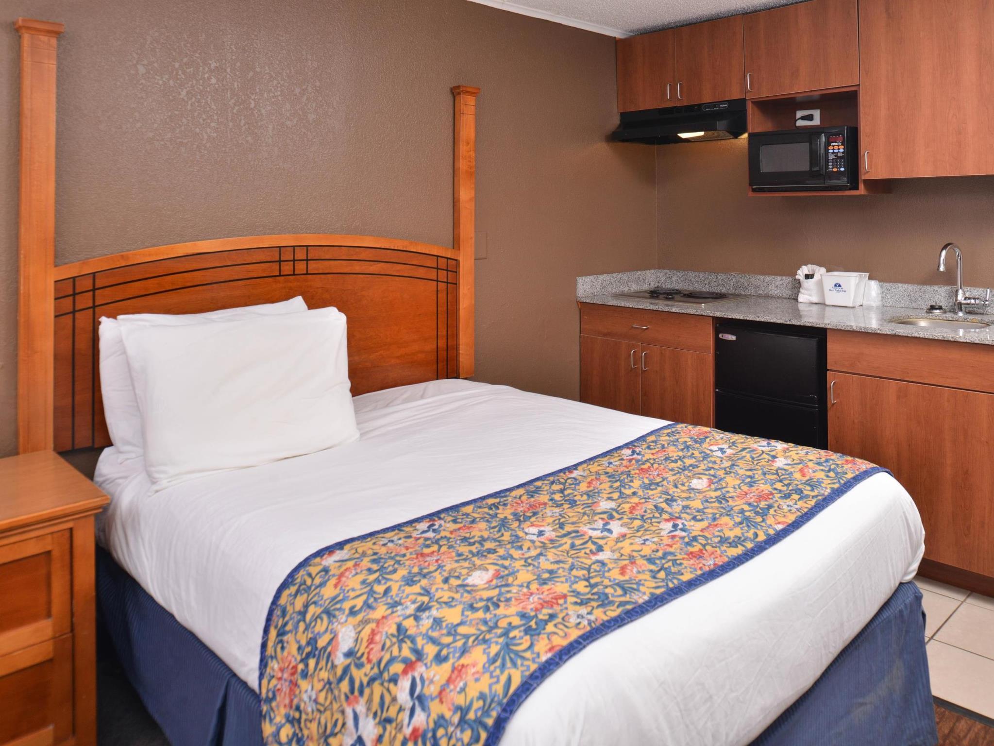 More About Americas Best Value Inn U0026 Suites   Jackson, MI