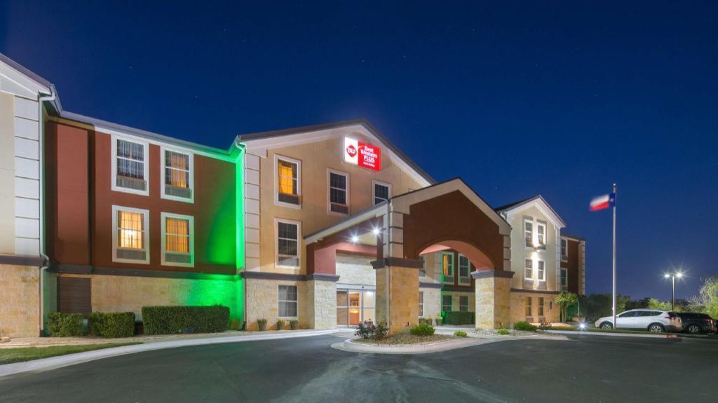 Best Western Plus Georgetown Inn And Suites