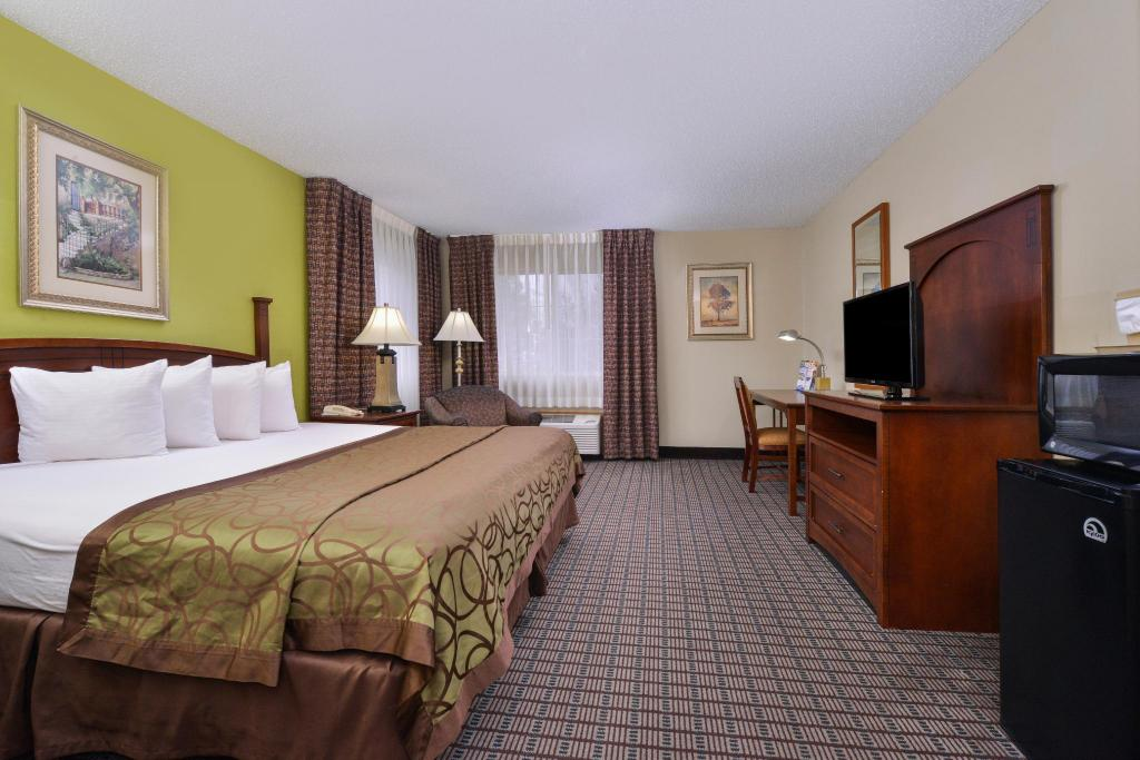 1 King Bed Non-Smoking Americas Best Value Inn - Geneseo, IL