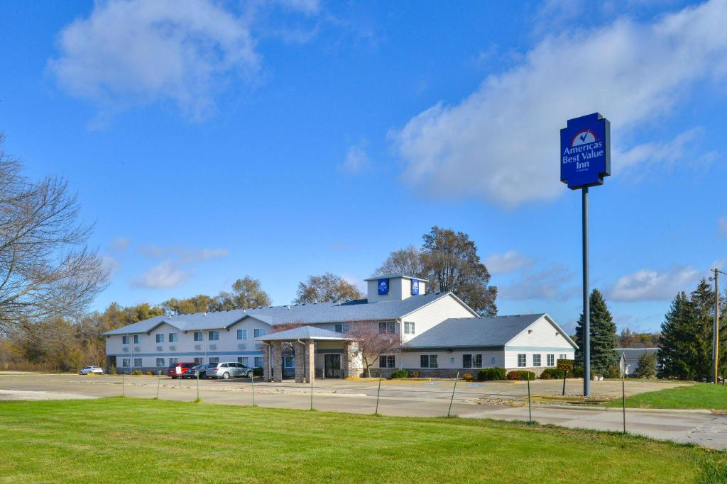 Americas Best Value Inn - Geneseo, IL