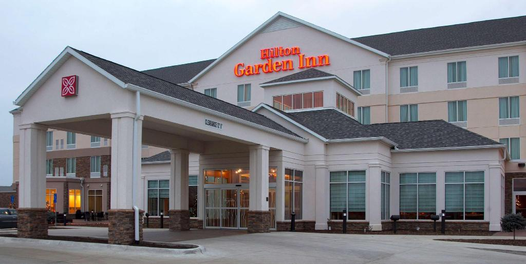 More about Hilton Garden Inn Cedar Falls Conference Center