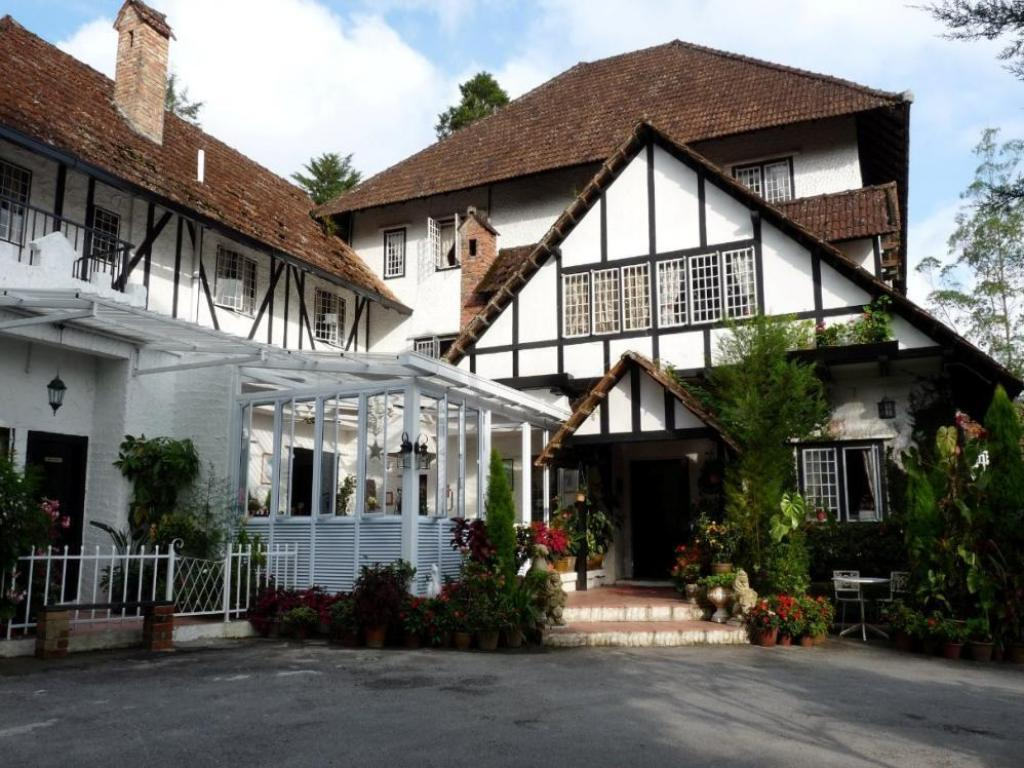 More about The Smokehouse Hotel