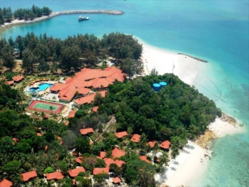 Sibu Isly resort (Sibu Island Resort)
