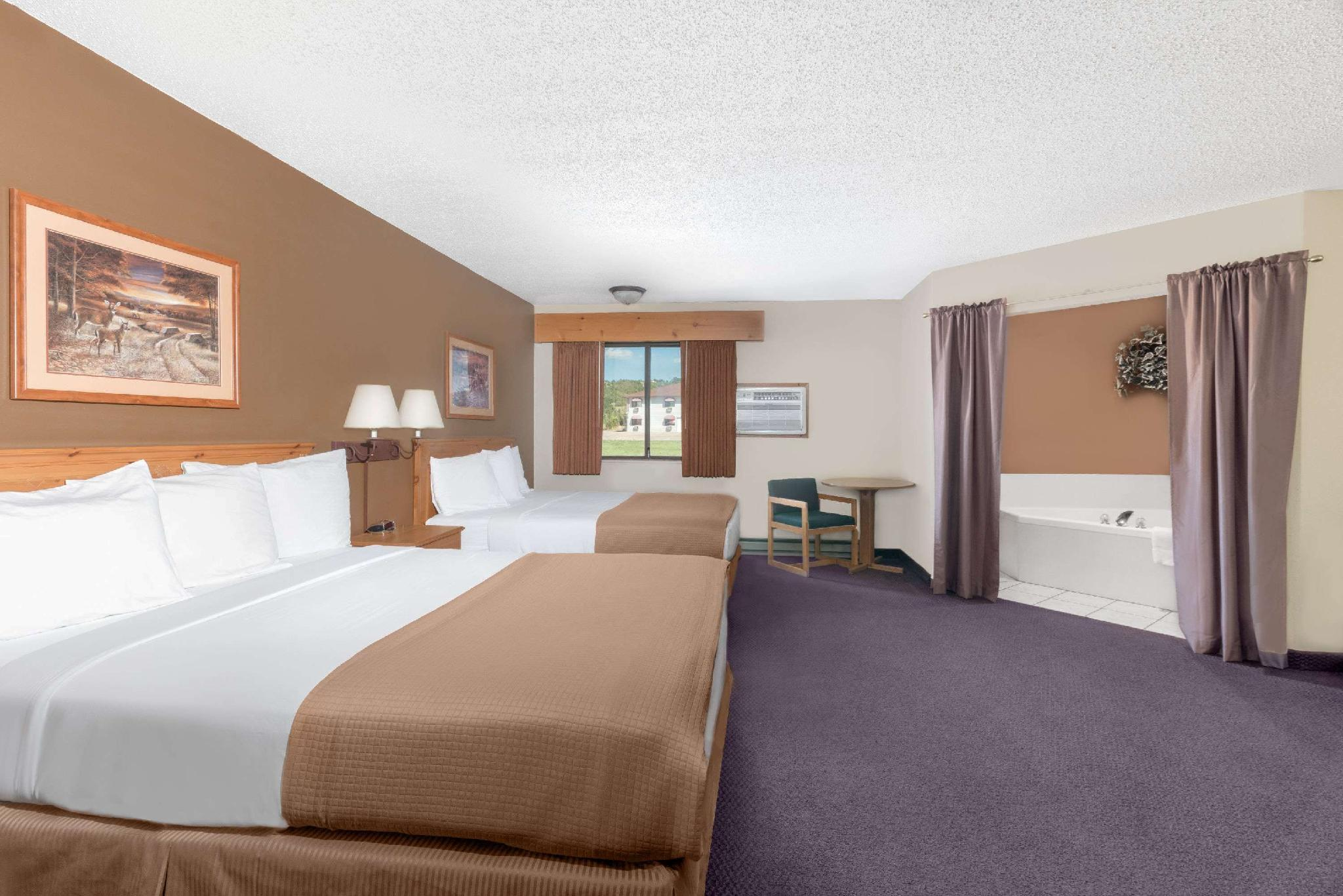 2 Queen Bed and Bunkbeds Suite Non-Smoking