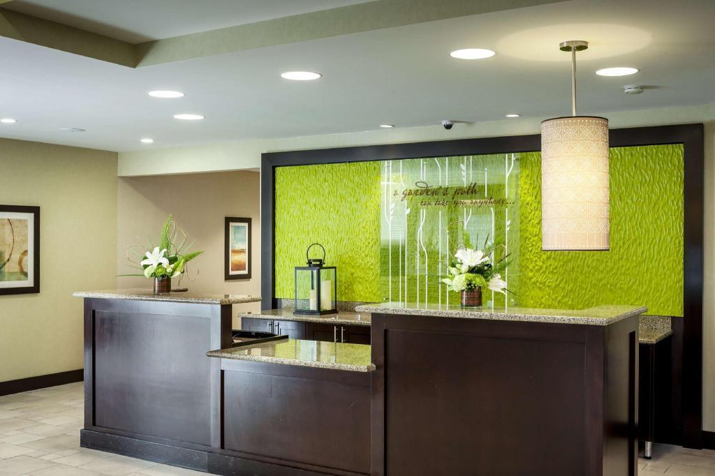 Hilton Garden Inn Seattle Bothell in Bothell (WA) - Room