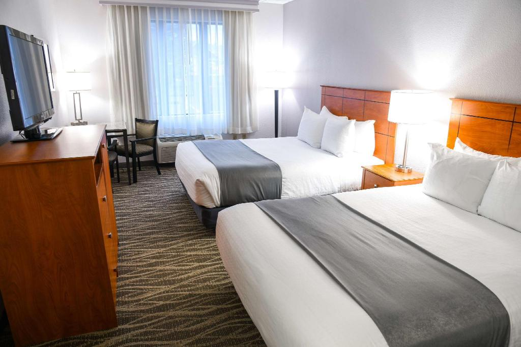 2 Queen Beds Smoking - Guestroom Best Western Lock Haven