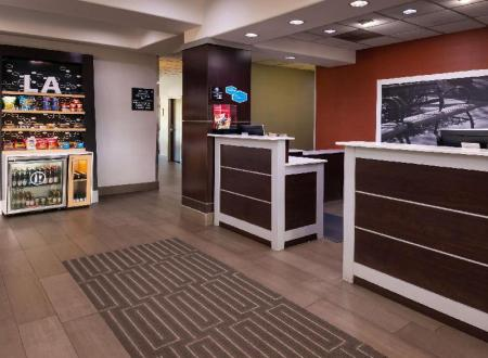 Лобби Hampton Inn LaPlace Hotel