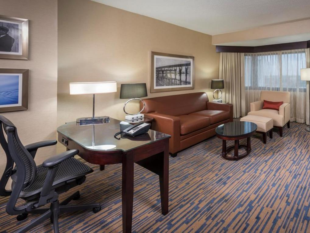 Vista Interior Doubletree Suites By Hilton Hotel Columbus Downtown