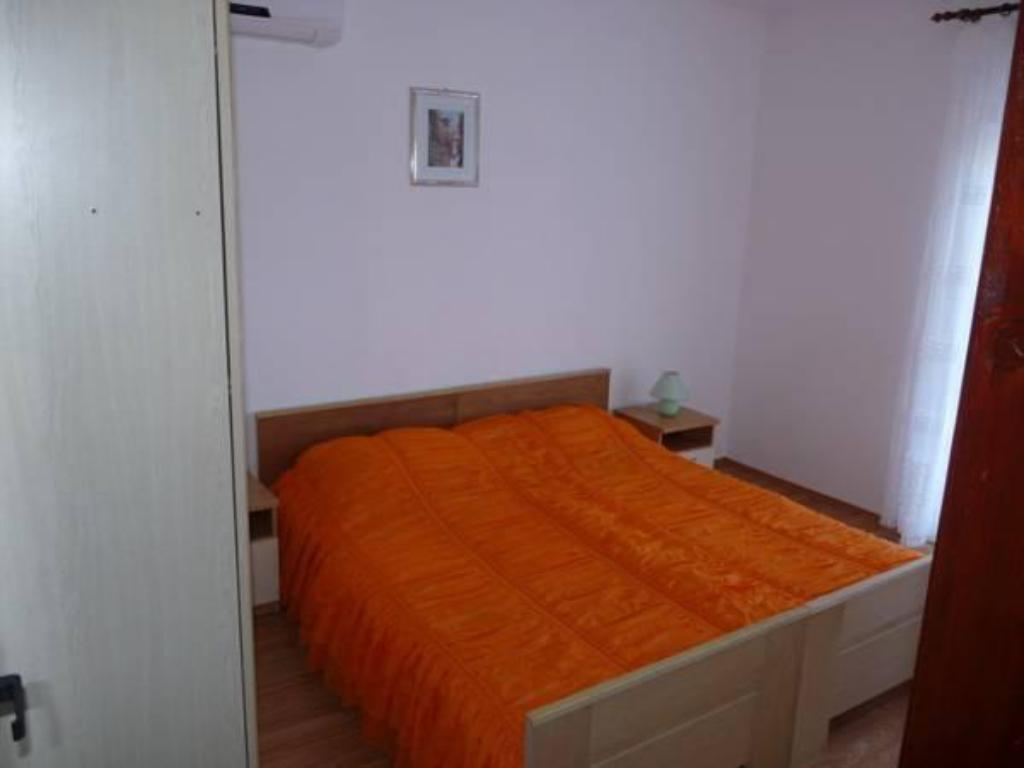 Appartement met 1 Slaapkamer - Bed Holiday home Duje