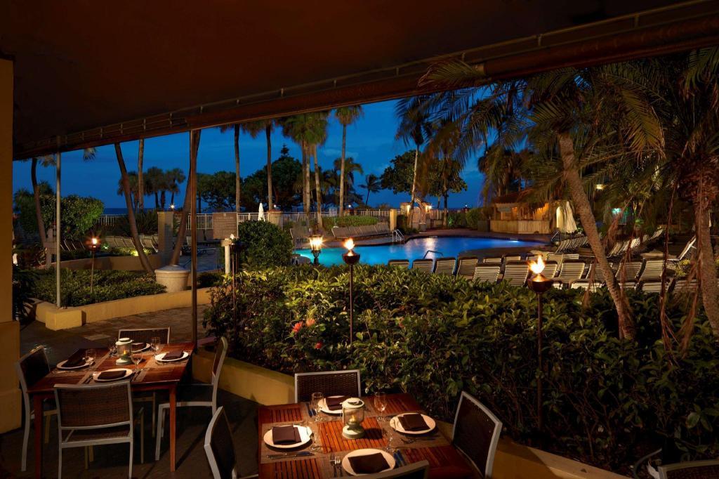 embassy suites deerfield beach resort spa in deerfield. Black Bedroom Furniture Sets. Home Design Ideas