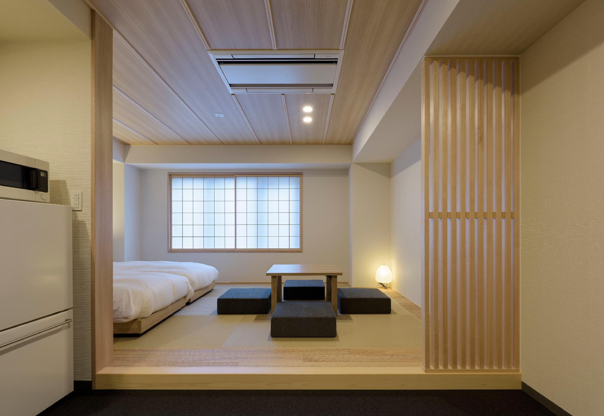 Deluxe Japanese Style Apartment for 5 People with Futon - Non-Smoking