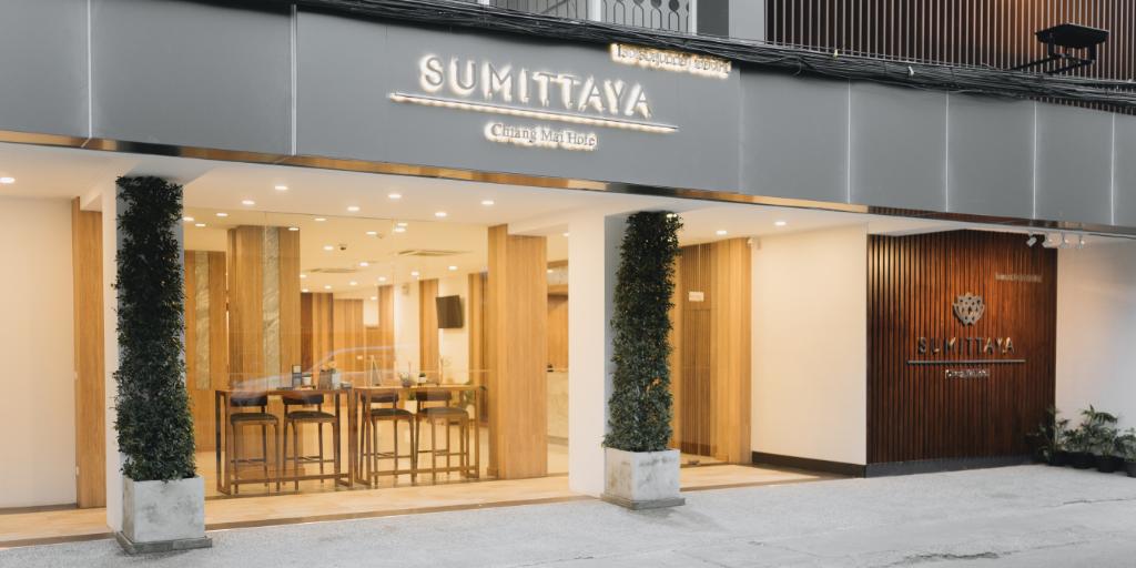 Sumittaya Chiangmai Hotel in Chiang Mai - Room Deals, Photos