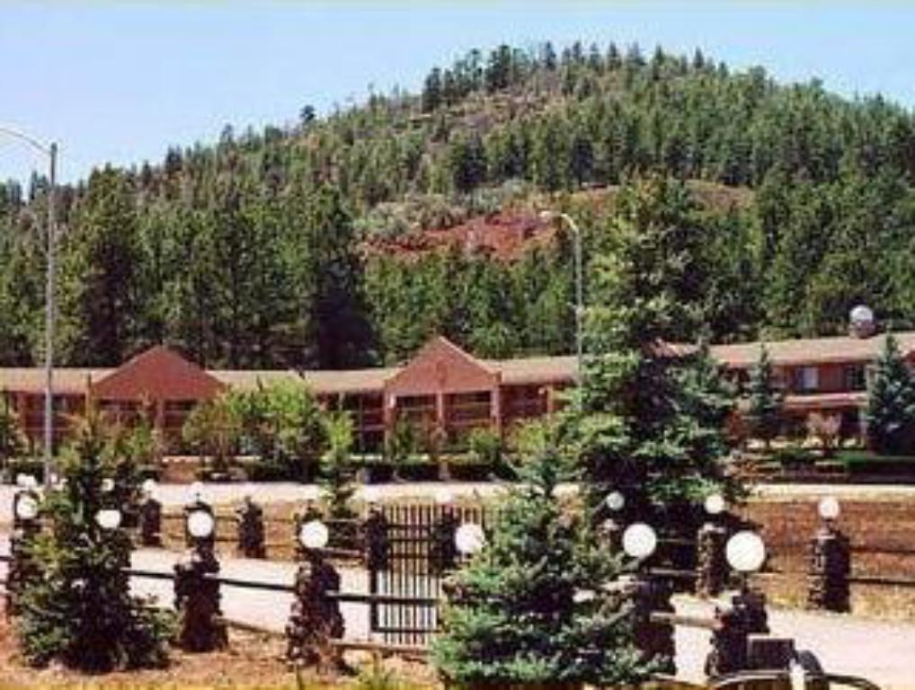 Mountain Ranch Resort