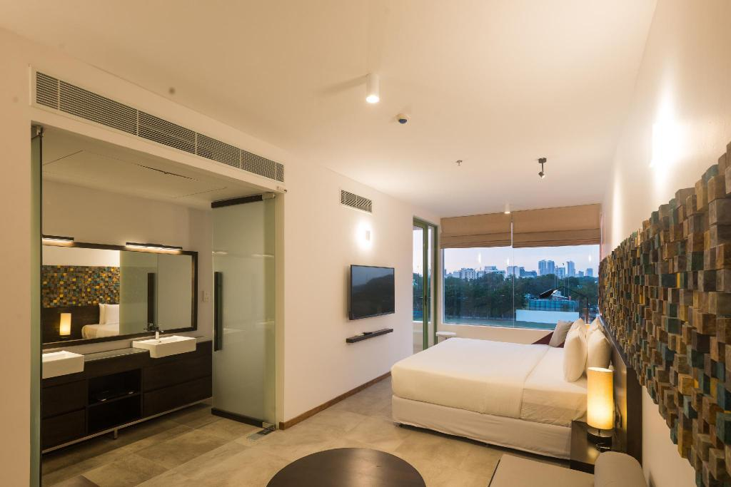 Suite Double Balcony - Bed