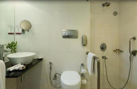 Bathroom Regenta Place - Bangalore