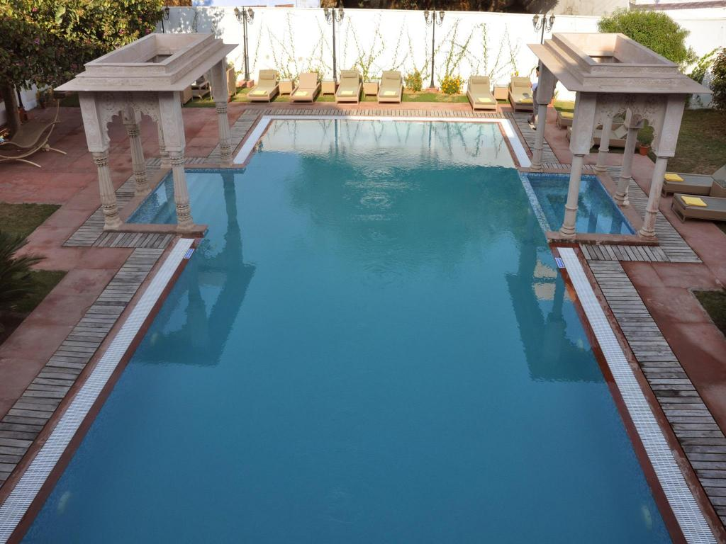 Piscină Chandra Mahal Haveli - An Amritara Private Hideaway