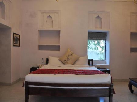 Deluxe Room - Guestroom Chandra Mahal Haveli - An Amritara Private Hideaway