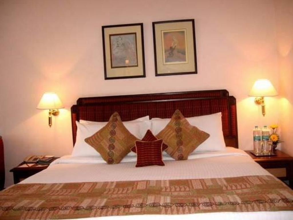 Peerless Inn in Kolkata - Room Deals, Photos & Reviews