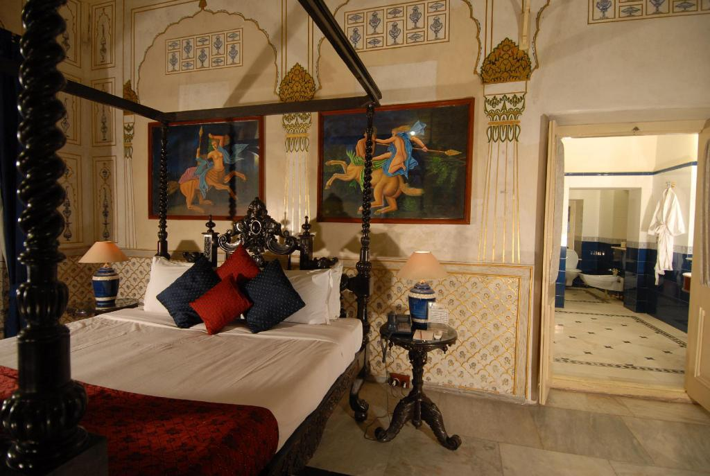 Historical Suite - Bed